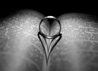 trouwen ring boek
